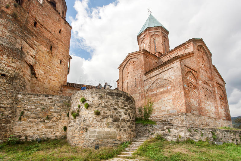 Monumentale Steinwände der heiligen orthodoxen Kirche der Erzengel Errichtet im 16. Jahrhundert, Gremi-Stadt, Georgia stockfotografie