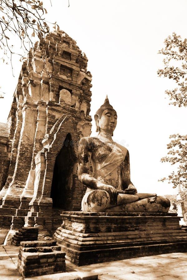 Monumenten van buddah, ruïnes van Ayutthaya stock fotografie