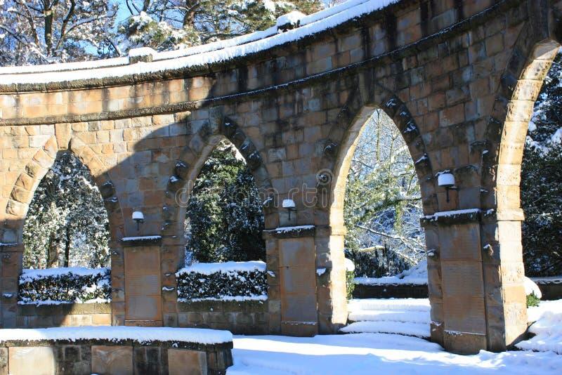 monumentet kriger vinter royaltyfri fotografi