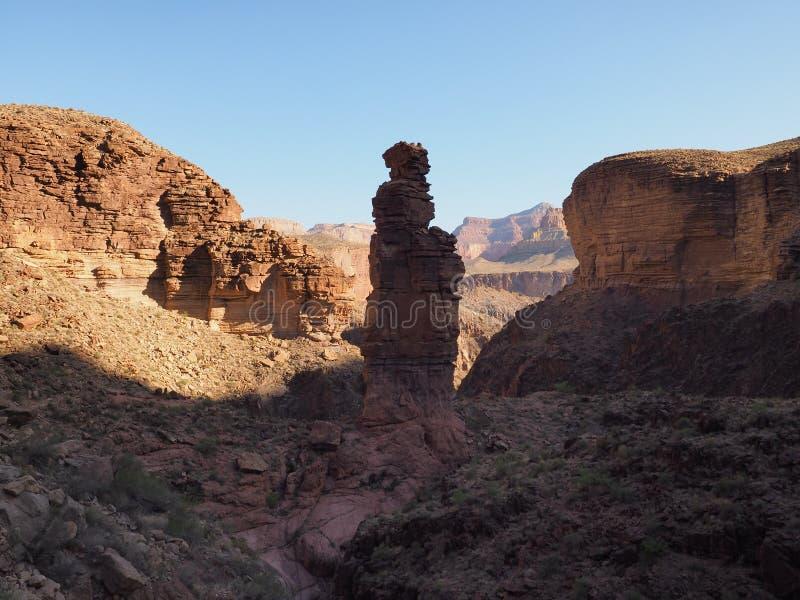 Monumentet vaggar bildande i den Grand Canyon nationalparken arkivfoto