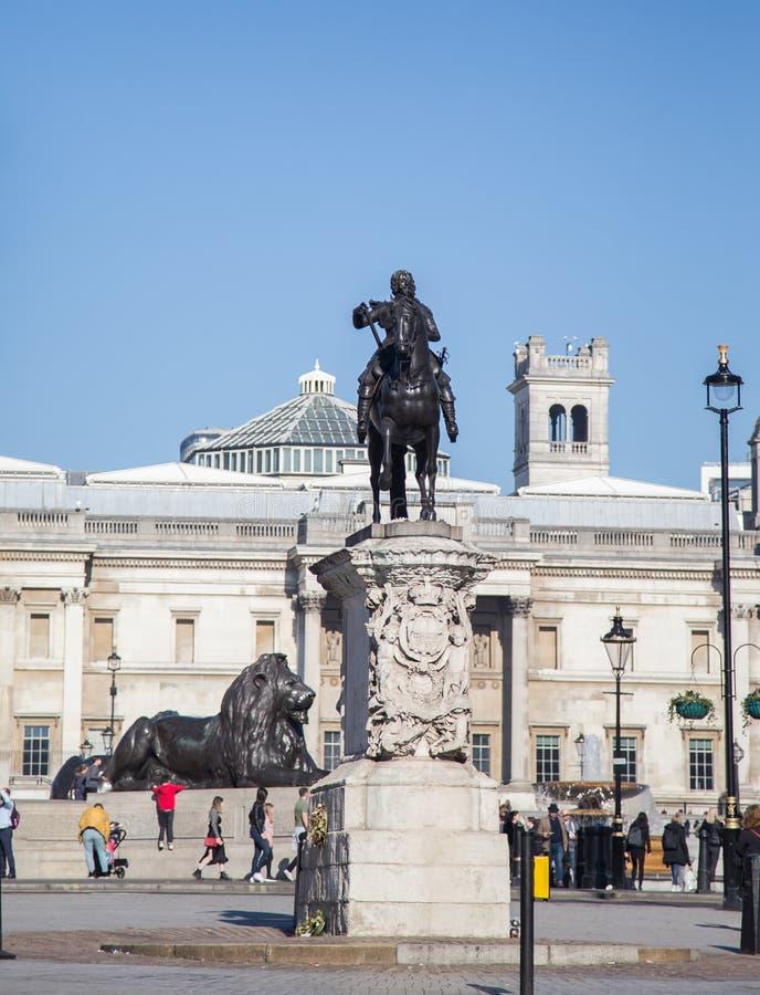 Monumenti di Trafalgar Square, Londra 2019 immagini stock libere da diritti