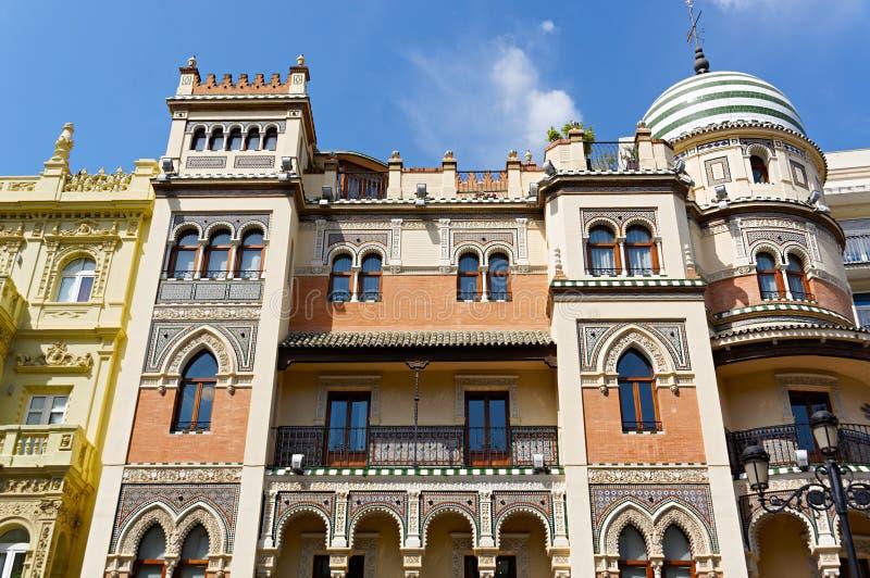 Monumenti storici e monumenti di Siviglia, Spagna Stili architettonici spagnoli di gotico e di Mudejar, barocco fotografie stock libere da diritti