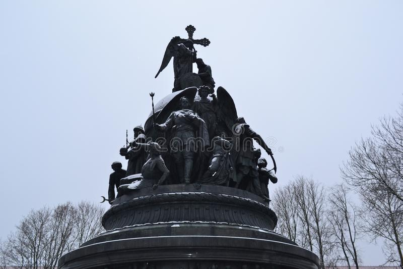 """Monumento """"millennio della Russia """"in Velikiy Novgorod, 1861 immagine stock"""
