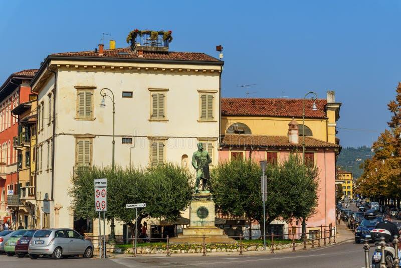 Monumento ad Umberto I a Verona L'Italia immagine stock