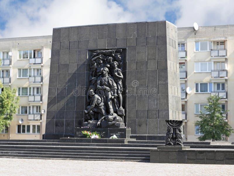 Monumento agli eroi del ghetto a Varsavia fotografie stock