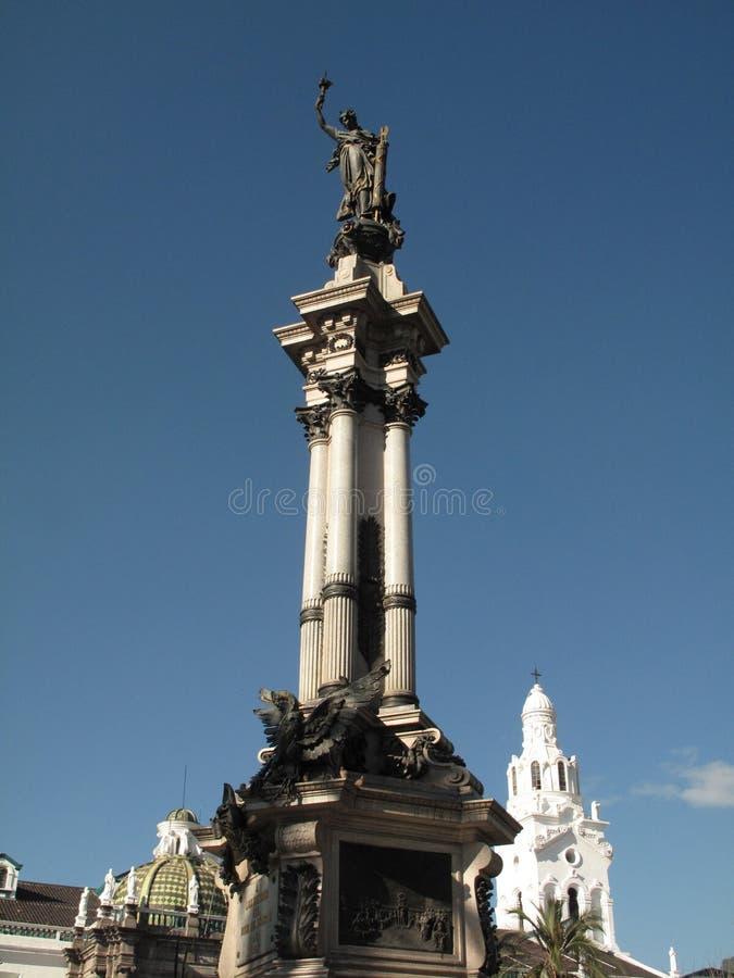 Monumento 10 Agost en Quito fotografía de archivo