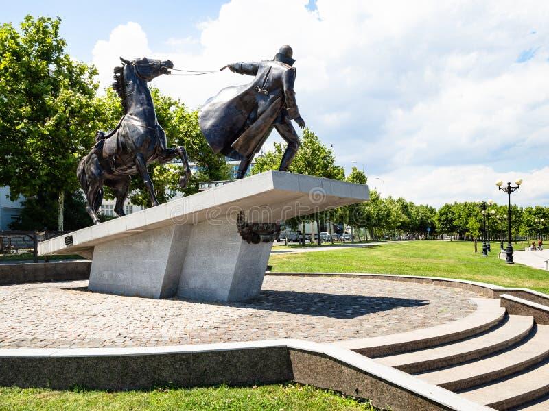 Monumento al éxodo blanco de los guardias, Novorossiysk imagen de archivo