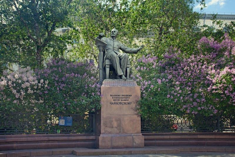 Monumento al compositore russo Pyotr Tchaikovsky a Mosca fotografia stock libera da diritti