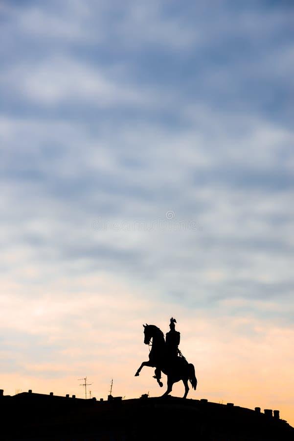 Monumento al zar Nicolás I en St Petersburg fotografía de archivo