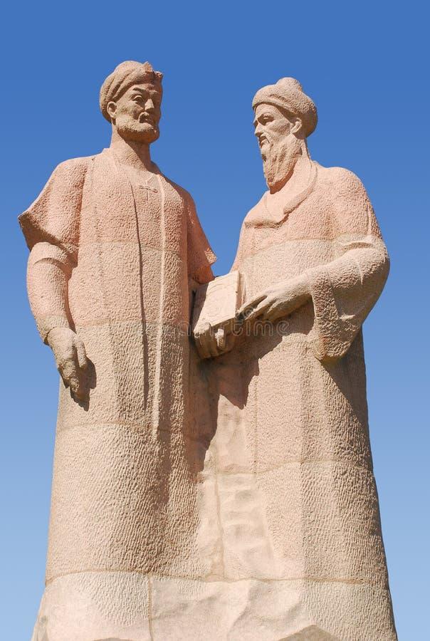 Monumento a Alisher Navoi y a Jami Abdurakhman imagen de archivo libre de regalías
