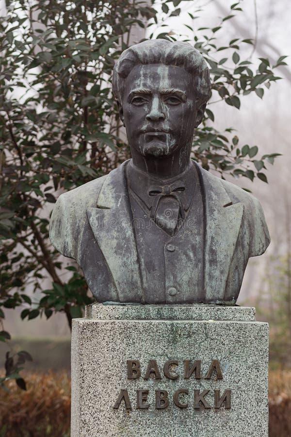 Monumento all'apostolo Vasil Levski dell'eroe nazionale situato nella città bulgara Burgas nel giardino del mare fotografia stock libera da diritti