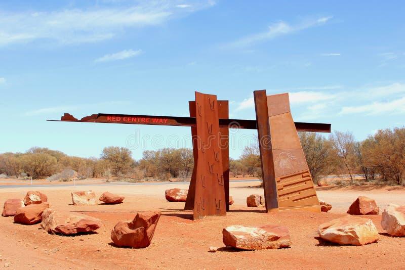 Monumento all'entrata del modo rosso del centro, Australia fotografie stock libere da diritti