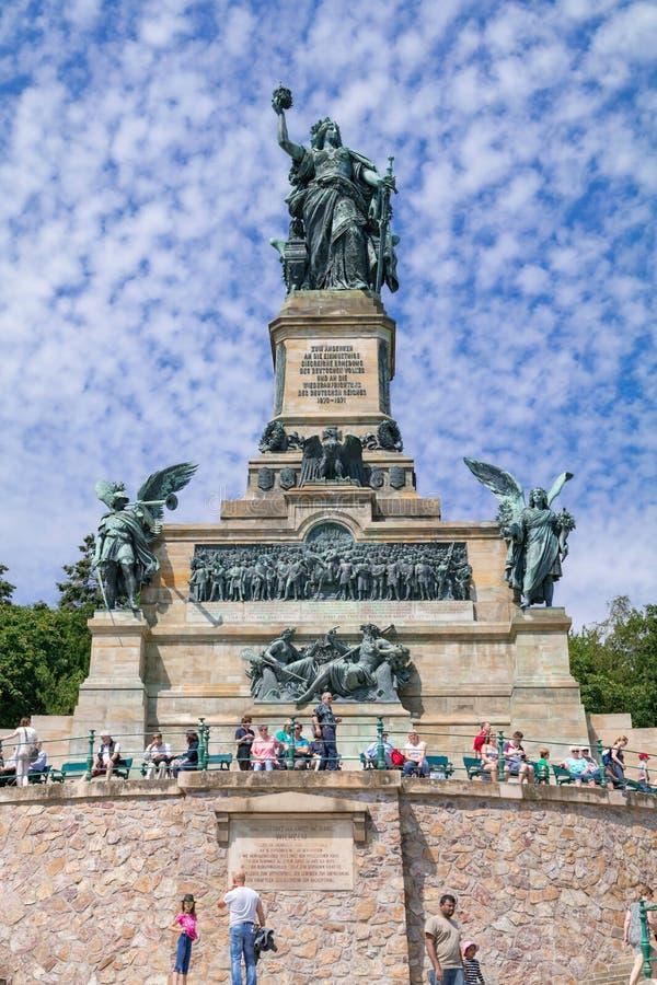 Monumento all'unificazione della Germania ed alla conclusione del Ruedesheim guerra- Franco-prussiano Reno, Hesse, germe immagine stock