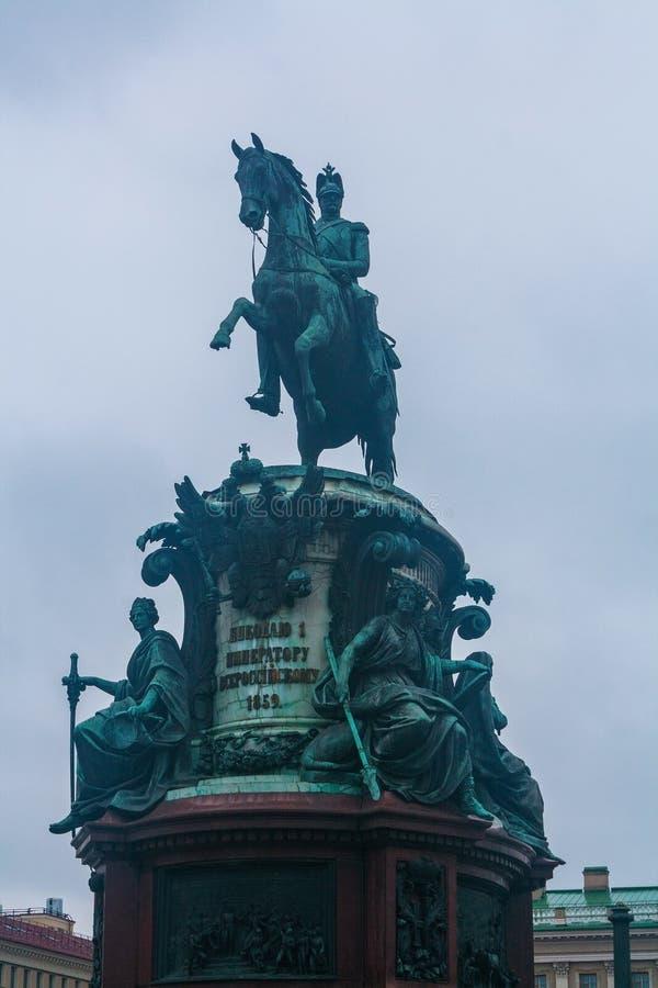 Monumento ao czar Nikolai 1 em St Petersburg, Rússia fotos de stock royalty free