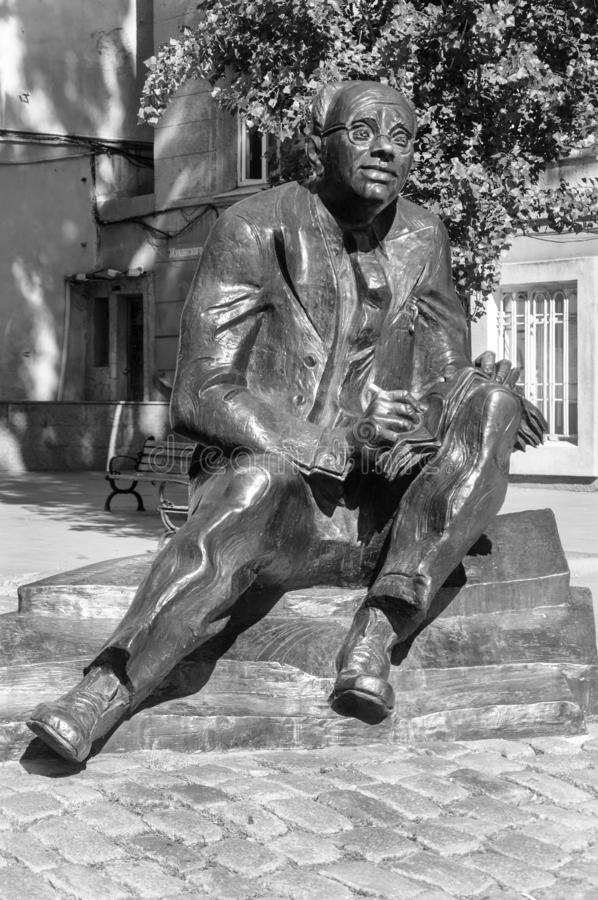 Monumento ao escritor Isaak Babel em Odessa imagem de stock