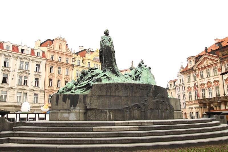 Download Monumento Ao Guss De Janeiro Em Uma área Em Praga Imagem de Stock - Imagem de estilo, naturalize: 29825311