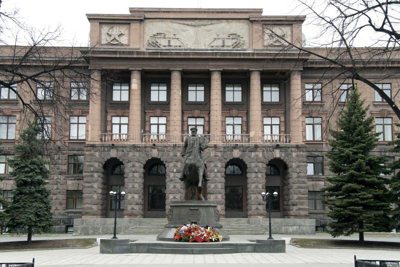 Monumento ao marechal Zhukov em Yekaterinburg no fotografia de stock