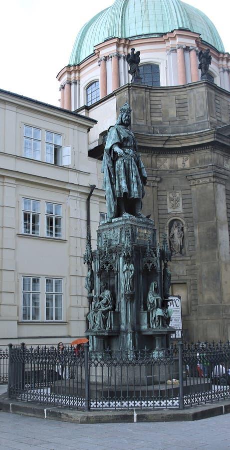 Monumento ao rei Karl IV em Praga fotos de stock royalty free