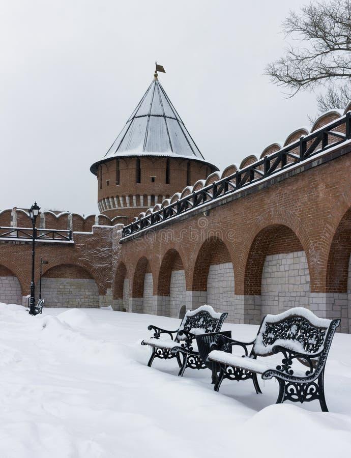 Monumento architettonico: Torre di Ivanovskaya di Tula Kremlin nell'inverno 2018 immagini stock libere da diritti