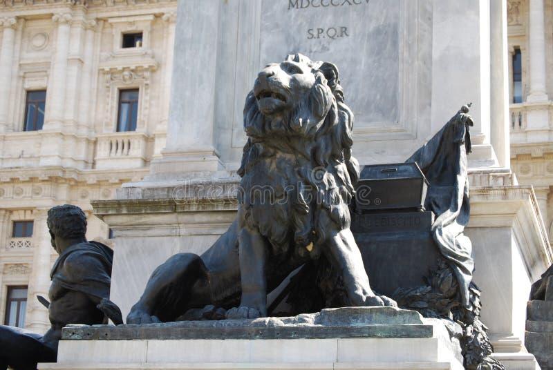 Monumento a Camillo Benso di Cavour na praça Cavour, Roma, Itália fotos de stock