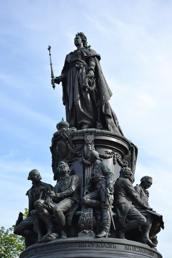 Monumento a Catherine The Great sul quadrato di Ostrovsky fotografia stock libera da diritti