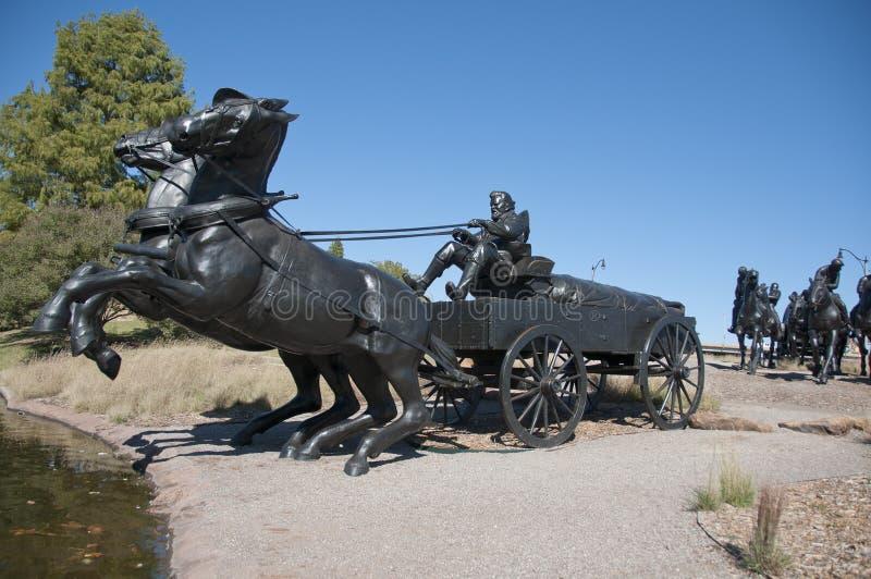 Monumento centenário do funcionamento da terra foto de stock