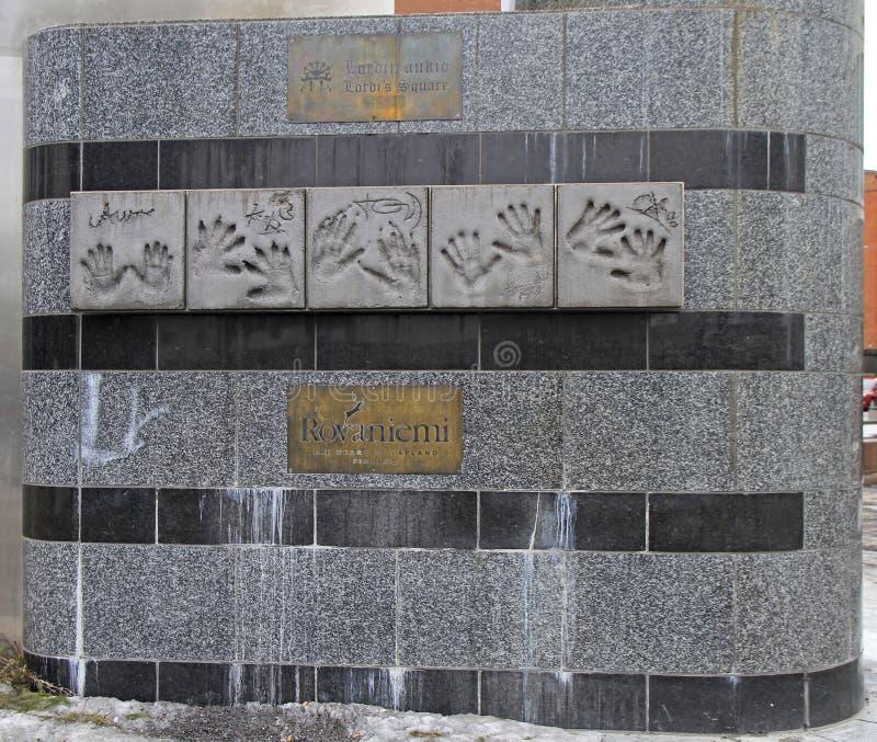 Monumento con las impresiones de la palma de los músicos famosos Lordi fotos de archivo libres de regalías