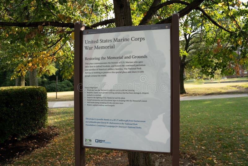 Monumento conmemorativo de la Guerra del Cuerpo de Marines de Estados Unidos que representa la plantación de banderas en Iwo Jima imagen de archivo libre de regalías