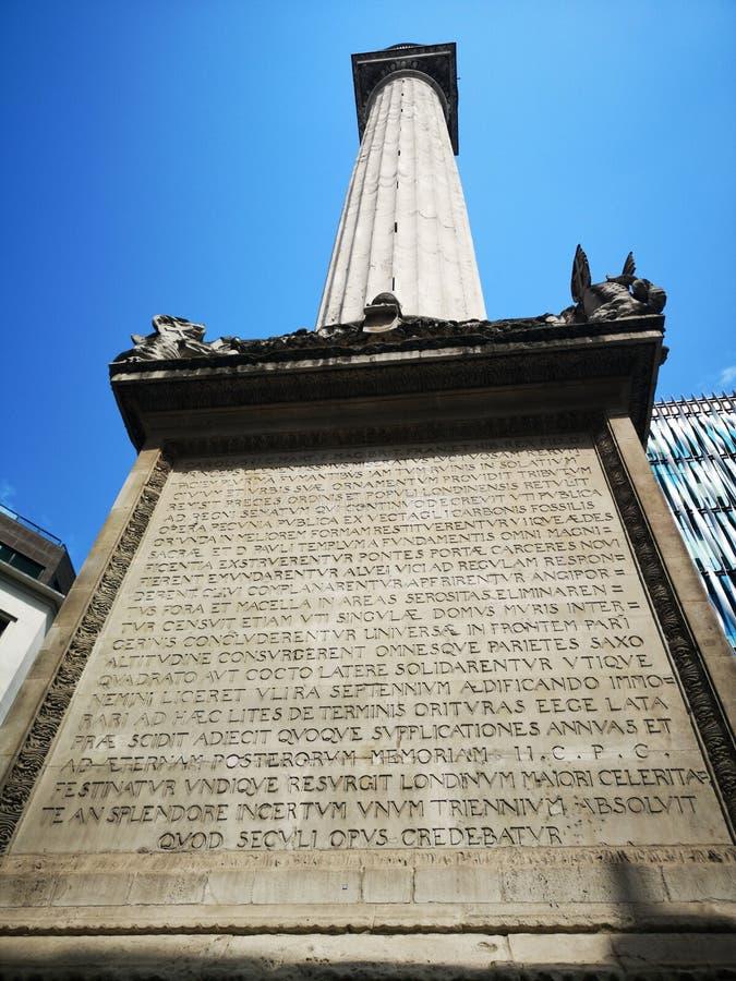 Monumento conmemorativo a los Grandes Incendios en Londres imagen de archivo