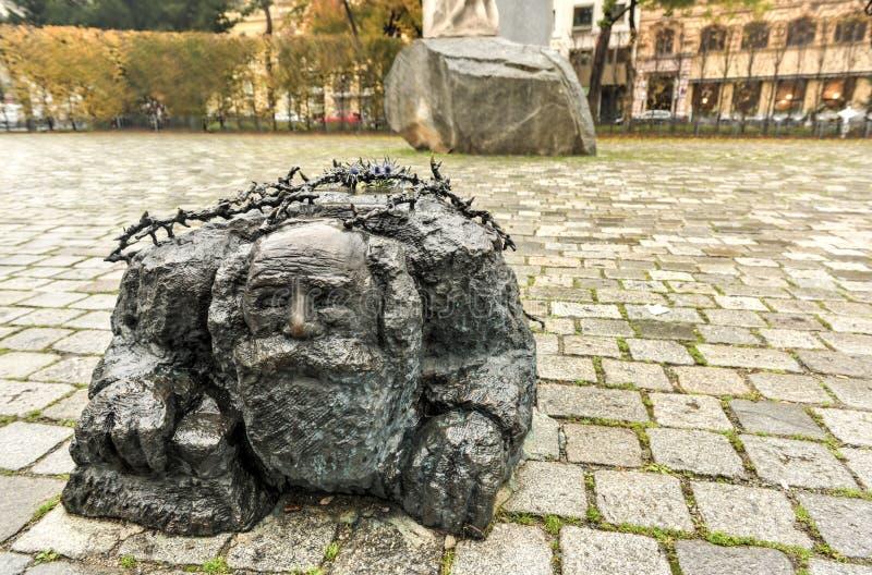 Monumento contra la guerra y el fascismo - Viena, Austria fotos de archivo