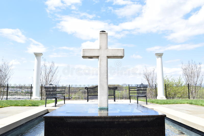 Monumento cruzado imágenes de archivo libres de regalías