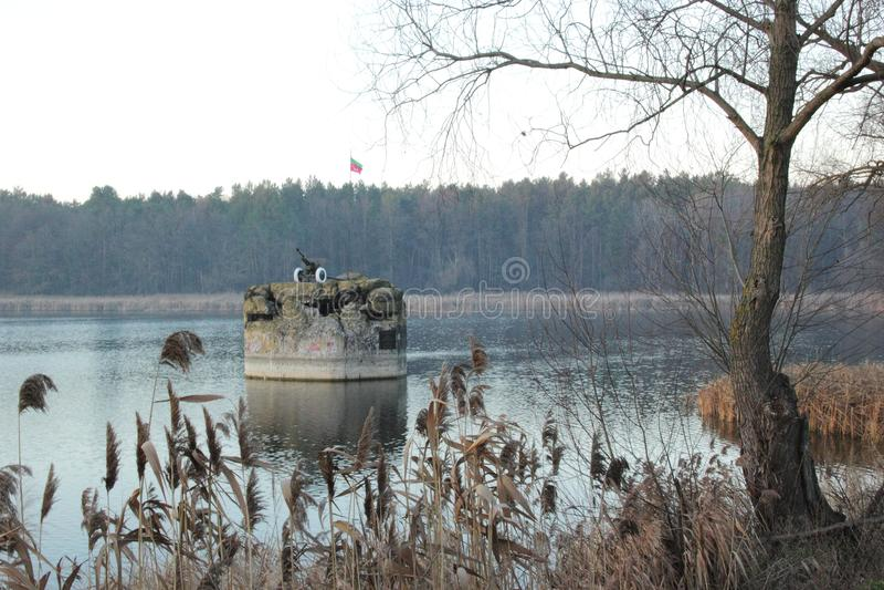 Monumento da caixinha de comprimidos 127 da segunda guerra mundial imagens de stock