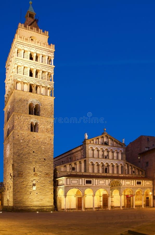 Monumento da catedral do domo de Pistoia fotografia de stock