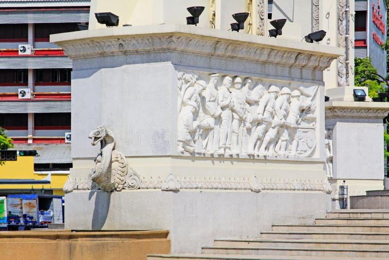 Monumento da democracia, Banguecoque, Tailândia foto de stock royalty free