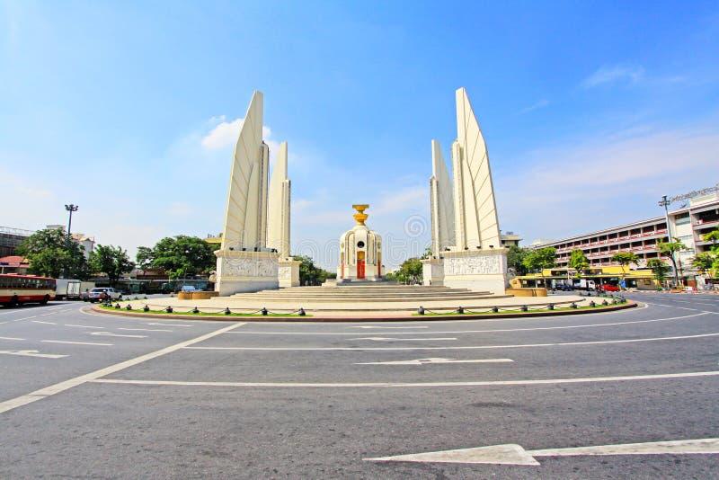 Monumento da democracia, Banguecoque, Tailândia imagem de stock
