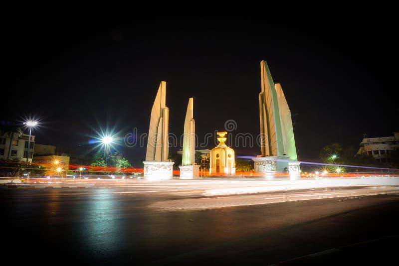 Monumento da democracia, Banguecoque, Tailândia foto de stock