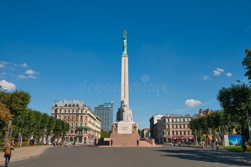 Monumento da liberdade em Riga imagens de stock royalty free