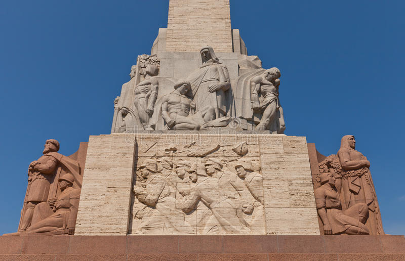 Monumento da liberdade em Riga, Letónia (fragmento) foto de stock