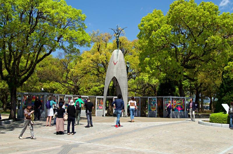 Monumento da paz do ` s das crianças em Hiroshima, Japão fotos de stock royalty free