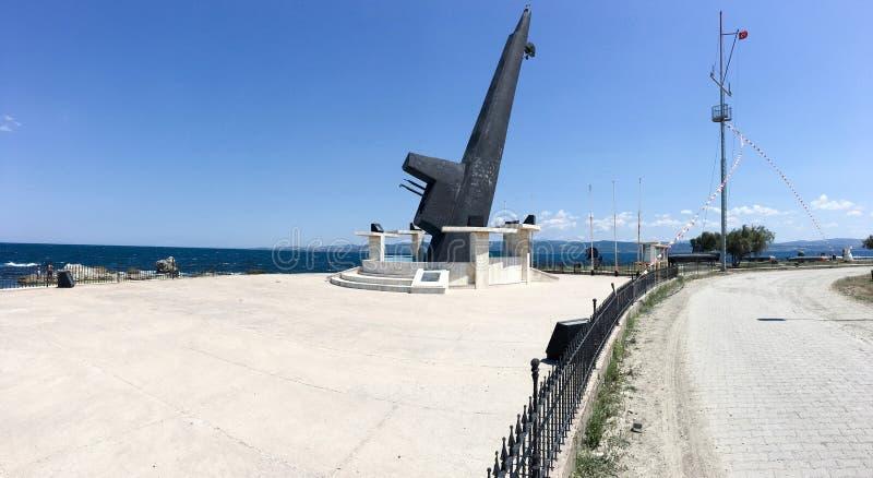 Monumento da plataforma de tombadilho submarina de TCG Dumlupinar Afundou-se após um acidente trágico fora da costa fotos de stock royalty free