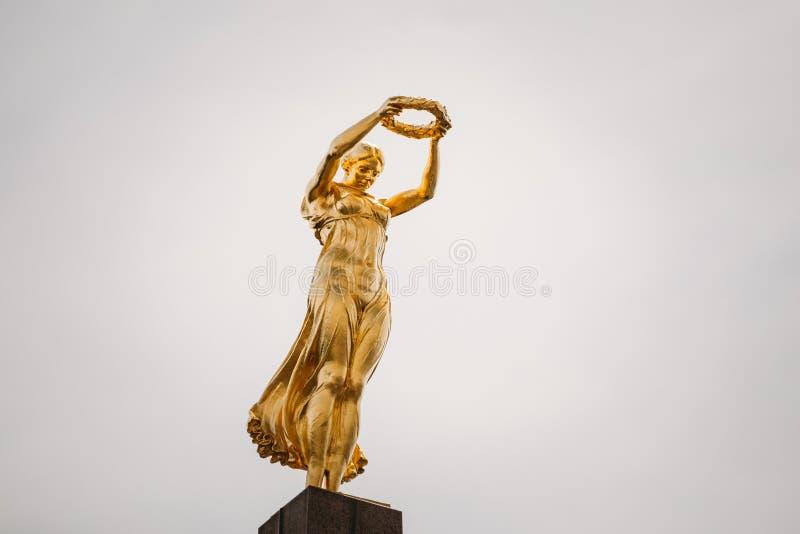 Monumento da relembrança - Gelle Fra ou senhora dourada fotos de stock royalty free