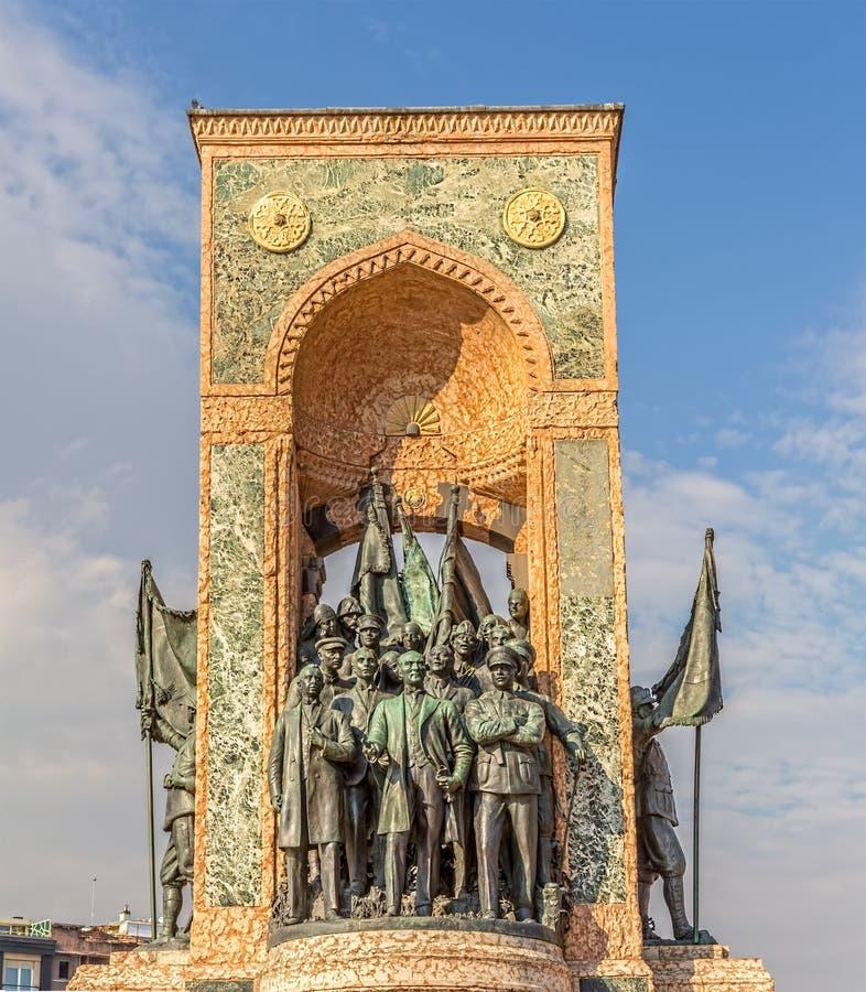 Monumento da república em Istambul fotos de stock