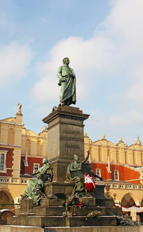 Monumento de Adán Mickiewicz en Kraków foto de archivo libre de regalías