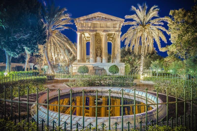Monumento de Alexander John Ball en La Valeta, Malta imagenes de archivo
