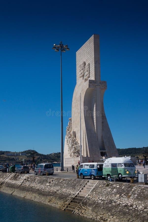 Monumento de descubrimientos en Belem fotos de archivo