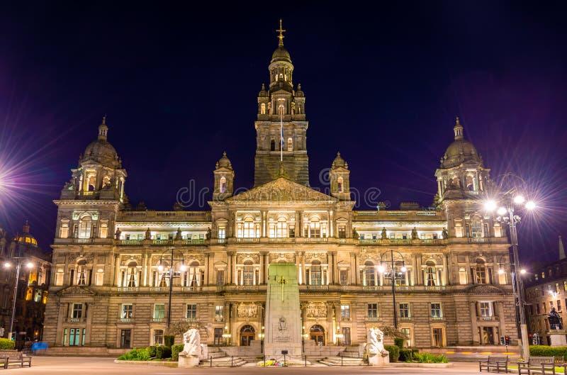 Monumento de Glasgow City Chambers y de guerra del cenotafio imagenes de archivo
