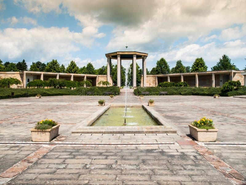 Monumento de guerra en Lidice imagenes de archivo