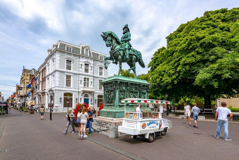 Monumento de Guillermo I en el centro de La Haya, Países Bajos foto de archivo