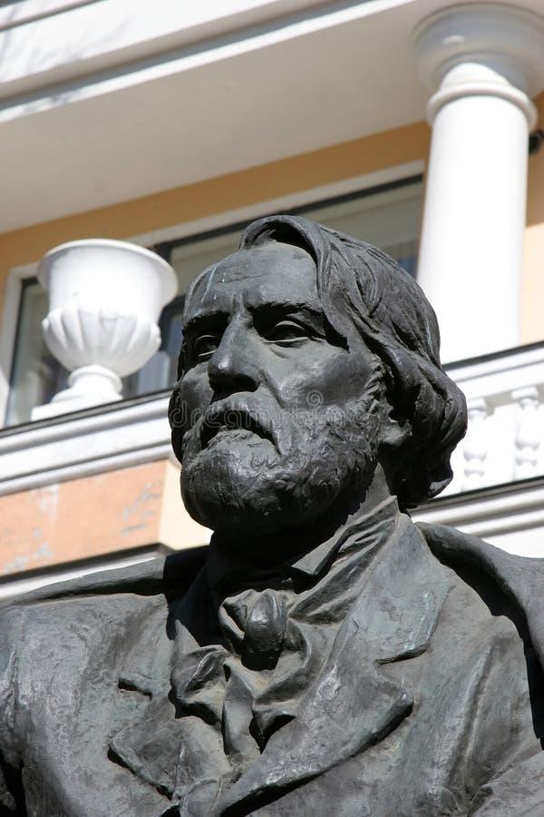 Monumento de I. Turgenev fotos de archivo