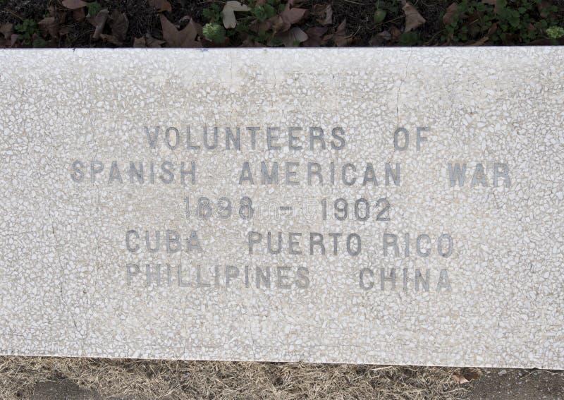 Monumento de la guerra de la opinión del primer dedicado a los muertos de todas las guerras en los veteranos jardín conmemorativo imagen de archivo libre de regalías